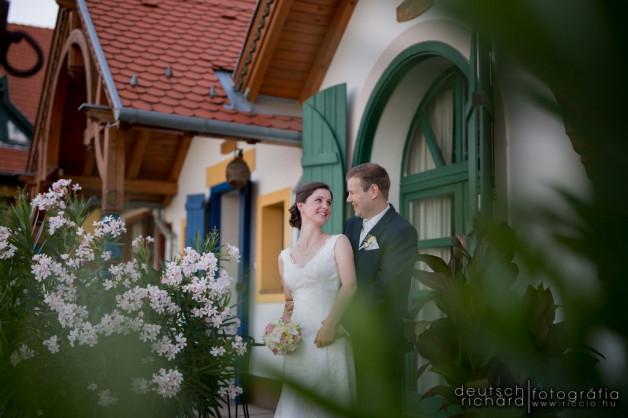 Esküvő: Vera és Balázs – Bagolyvár Étterem, Pécs