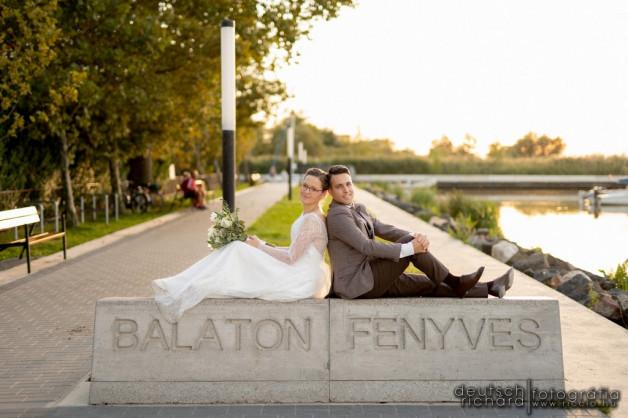 Esküvő: Mesi és Lóci